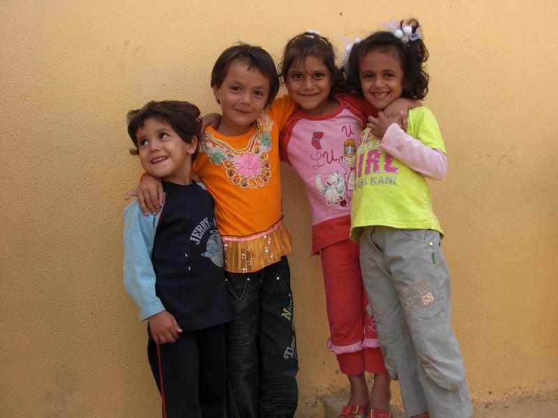 children-in-Nahr-el-bared--provis-camp1